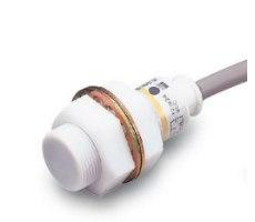 E2FQ – Sensores inductivos con cuerpo de teflon OMRON