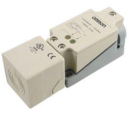 E2Q2 – Sensores Inductivos rectangulares Omron
