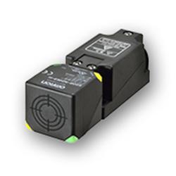 E2Q6: Sensor Inductivo  tipo límite de carrera Omron